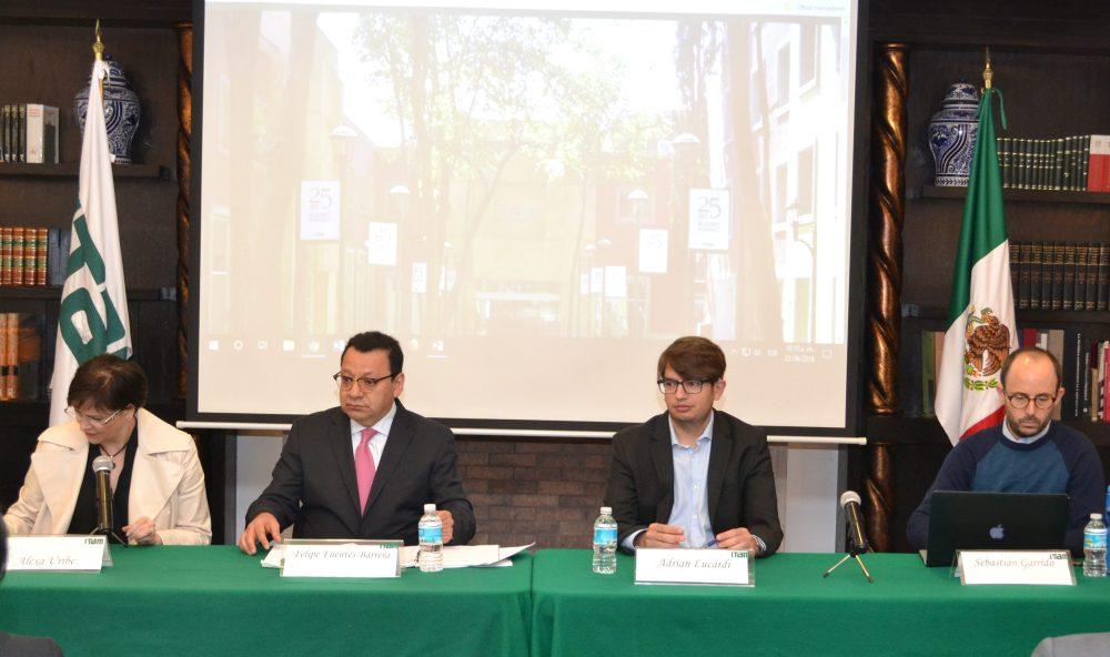 Alexa Uribe, Felipe Fuentes Barrera, Adrián Lucardi y Sebastián Garrido en el Seminario permanente de análisis de Justicia Electoral. Foto ITAM