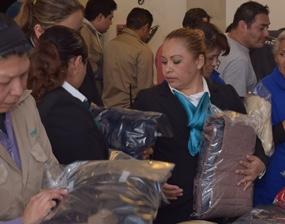 Comunidad ITAM entrega paquetes