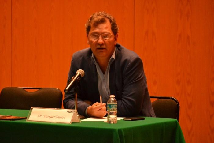 Dr. Enrique Dussel Peters, director de CECHIMEX, en el ITAM.