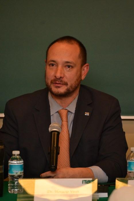 Dr. Horacio Vives.