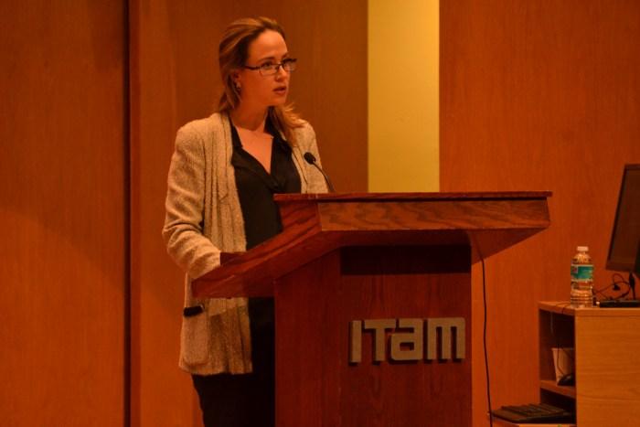 """María Elisa Rojas en el evento Seminario de Perspectivas """"Mujeres: talento y desarrollo"""""""