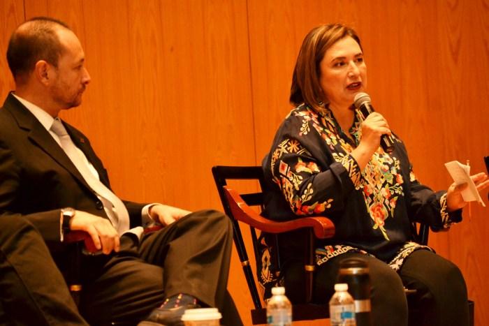 Dr. Horacio Vives y la Senadora Xóchitl Gálvez