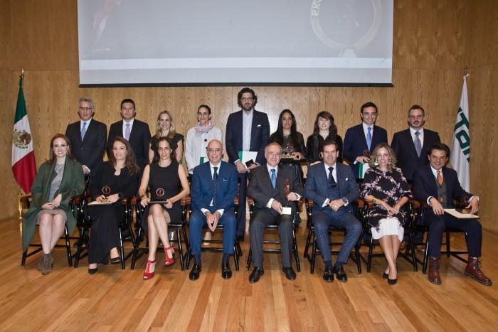 Ganadores de los premios Carrera al Universo y Mérito Profesional