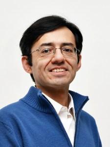 Dr. Felipe Meza Goiz, Director del CAIE.