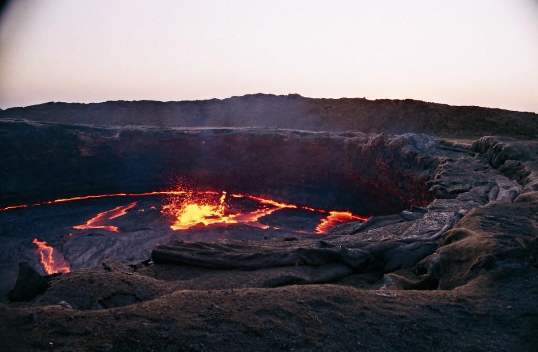 Erupción en el Erta Ale - Canon EOS500N - Kodakchrome 100 día ETIOPÍA