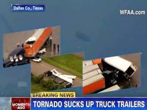 Tornados golpean Dallas-Fort Worth – ¡absorbiendo Remolques de camiones! – 03 de marzo 2012
