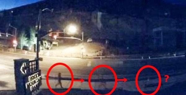 Hombre andando desaparece de la cámara – Ciudad de Jackson Wyoming