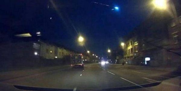 Meteoro ilumina el cielo nocturno en toda Gran Bretaña