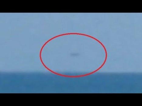OVNI realmente rápido filmado sobre el océano Atlántico (playa de Florida) 16-ago-2020