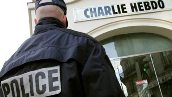 charlie hebdo paris mahoma 1328648940 1 - LA MANIPULACIÓN DE LOS MEDIOS DE COMUNICACIÓN EN EL TIROTEO DE PARIS