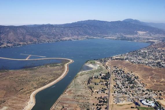 el monstruo de california lake elsinore1 - El Monstruo de California Lake Elsinore