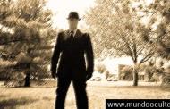 «Hombres vestidos de negro» hacen callar a los testigos