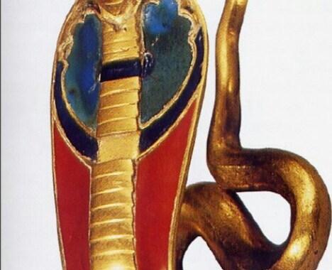 El simbolismo de la cobra en la mitología.