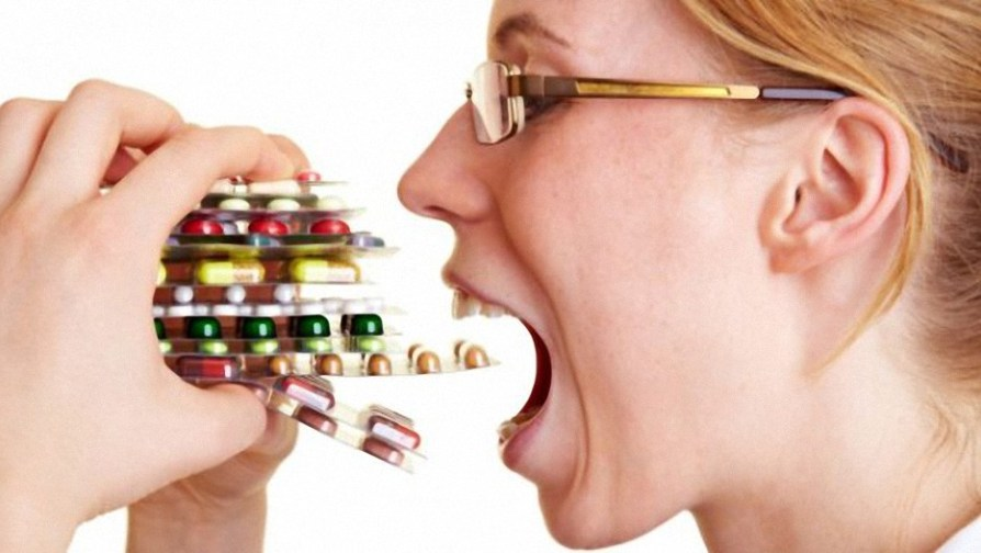 Por qué los medicamentos recetados son en su mayoría experimentos químicos inseguros que empeoran la salud en general