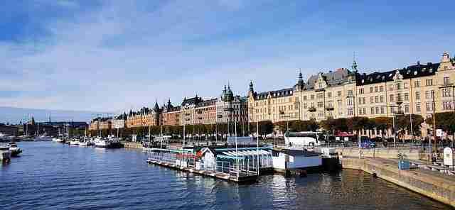 المنح الدراسية المقدّمة عبر جامعة غوتنبرغ السويدية