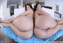 Ass Parade - Lots of Butt! w/Jayden Jaymes & Scarlett Rose - Bangbros