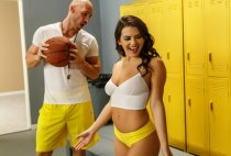 Big Tits At School - Lick Me In The Locker Room - Keisha Grey
