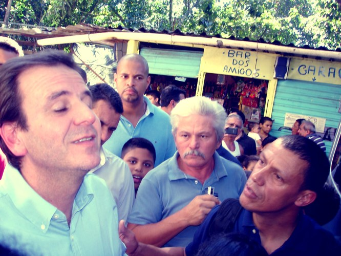 Eduardo Paes visits Laboriaux