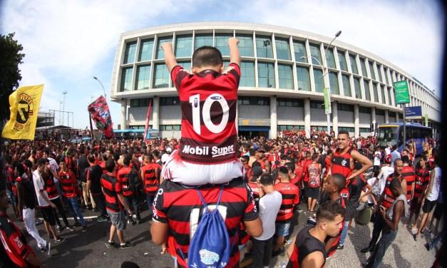 Desculpe o transtorno, preciso falar do Flamengo
