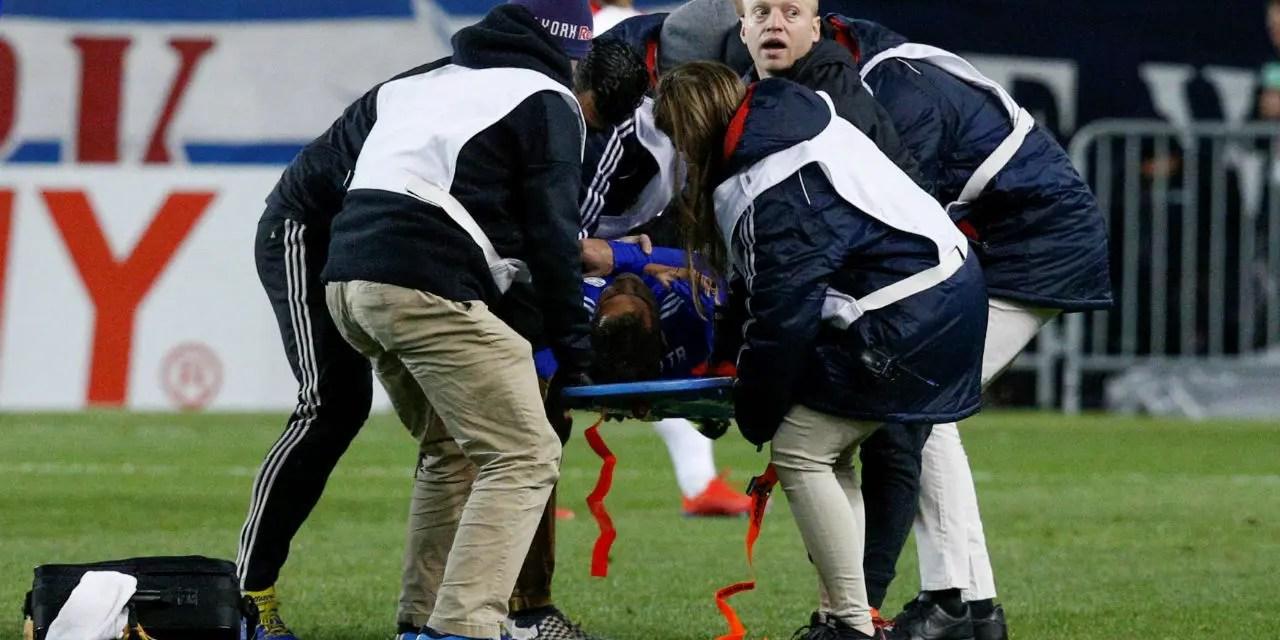 Piris sofre luxação no ombro e será reavaliado pelo departamento médico do Fla neste domingo