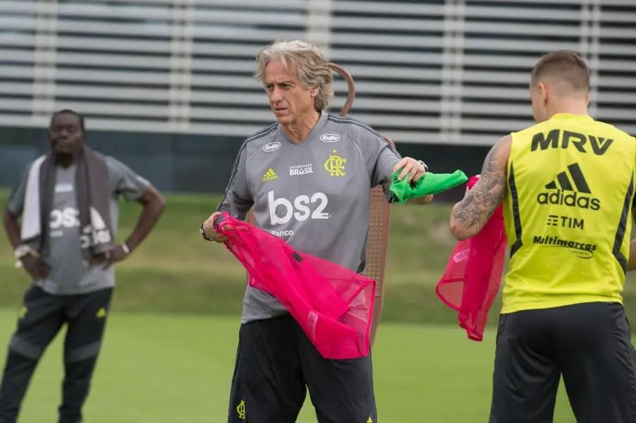 Primeiro dia de Jorge Jesus no Flamengo; confira fotos e vídeos