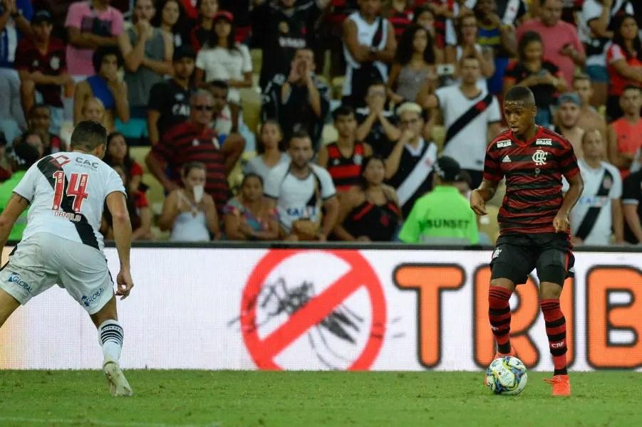 Fla empresta e Ponte anuncia Bill, autor de assistência na final da Taça Rio