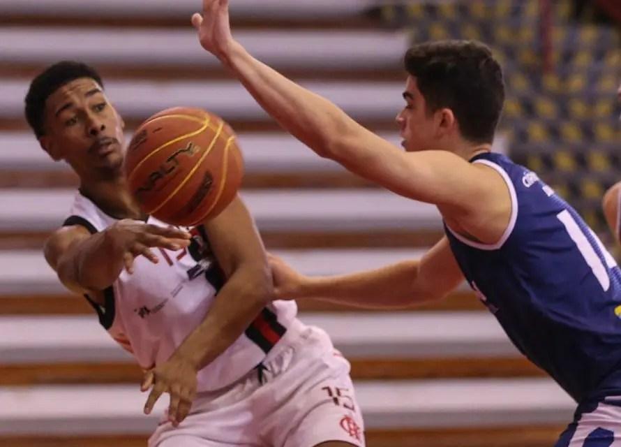 Flamengo vence o Coritiba e segue invicto na segunda etapa da LDB