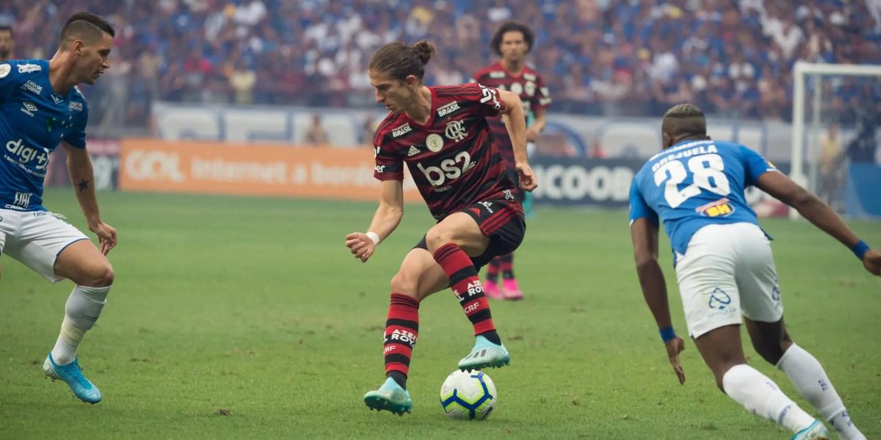 Em grande fase, Filipe Luís atinge marca importante com apenas sete jogos no Brasileiro