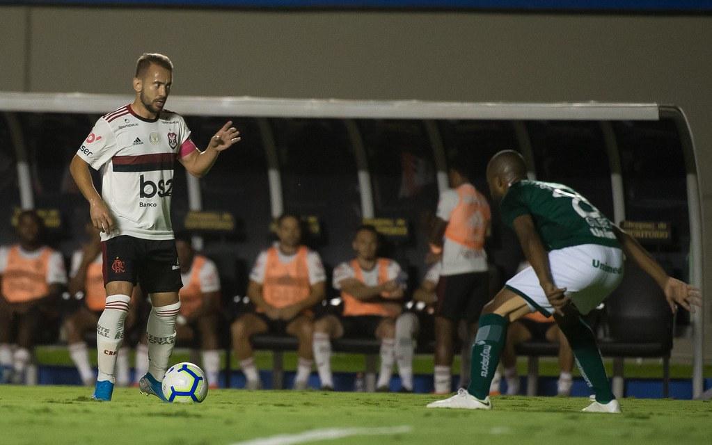 Notas e atuações de Goiás 2×2 Flamengo