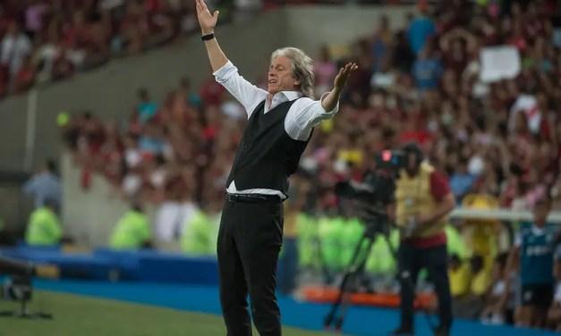 Benfica espera final da Taça Rio para investir em Jorge Jesus