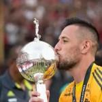 Braz sobre Diego Alves: 'Acredito que não terá problema na extensão'