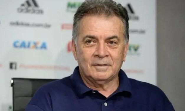 """Pelaipe alfineta Bap e revela motivo de sua saída do Flamengo: """"Skinner me boicotou"""""""