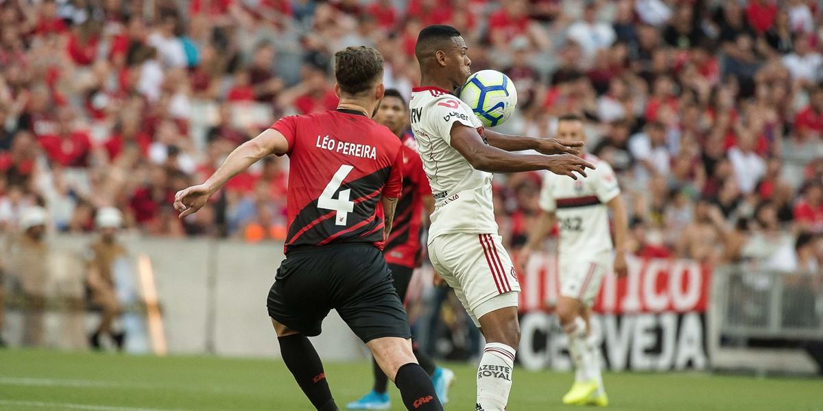 Flamengo está próximo de fechar com novo zagueiro