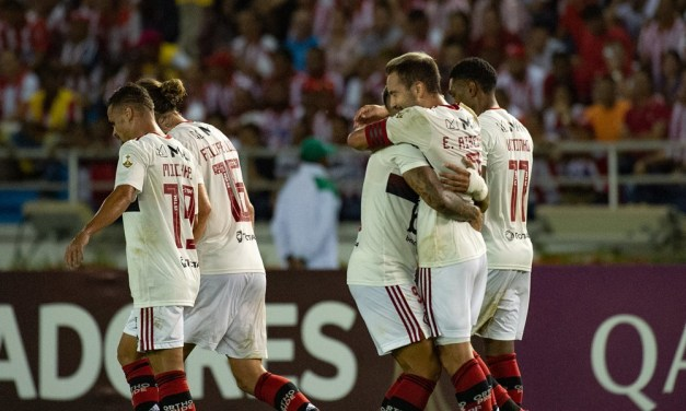 Flamengo não joga bem mas bate o Junior Barranquilla na estreia da Libertadores
