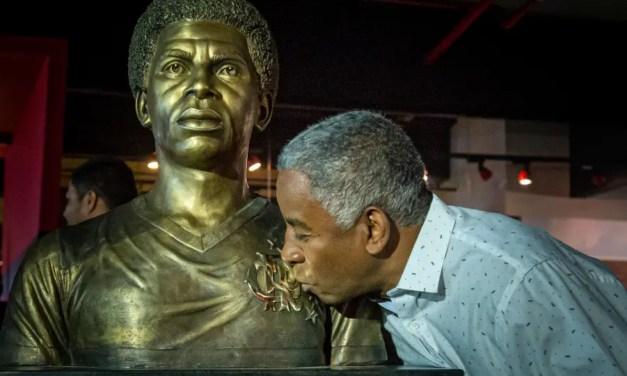 Andrade, 63: lembre 10 momentos marcantes da trajetória do ídolo rubro-negro