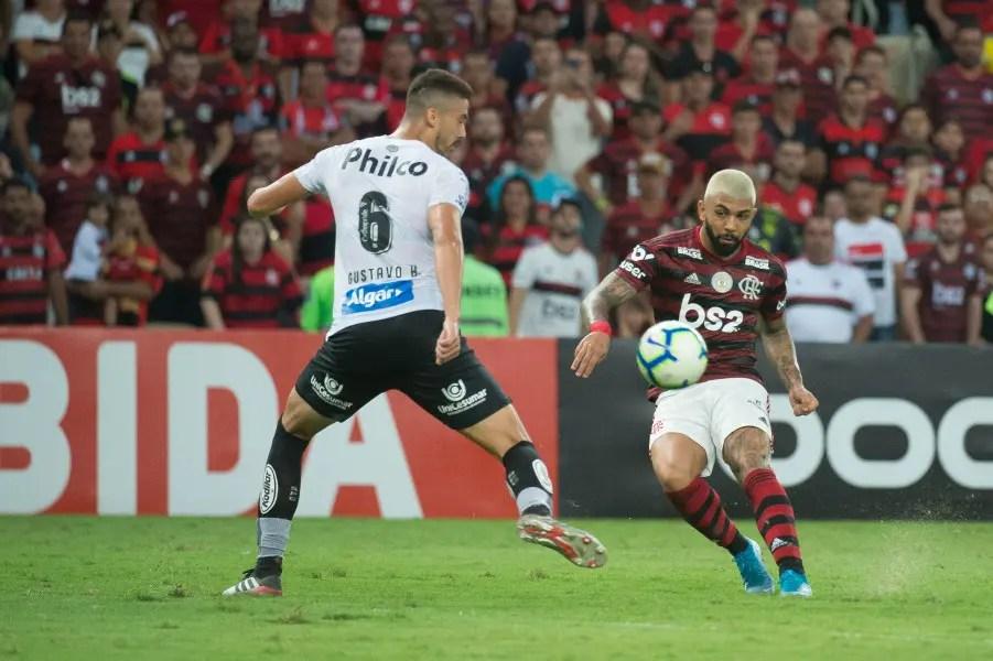 Flamengo e Santos renegociam pagamentos por Gabigol