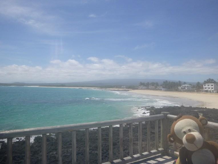 Mucuvinha em frente à bela praia de Isabela