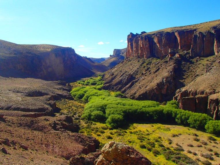 Belo vale perto da Cueva de las Manos