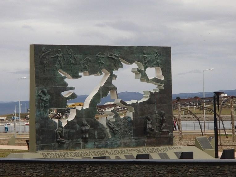 Referências às Malvinas no Ushuaia