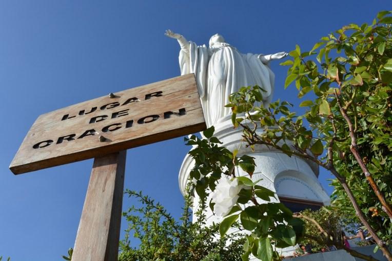 Estátua de Nossa Senhora Imaculada da Conceição, no topo do Cerro San Cristóbal