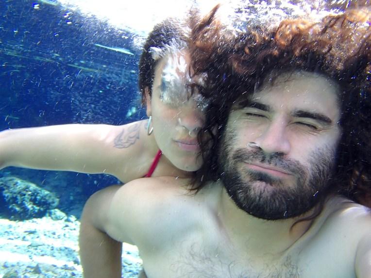 Mergulho nas Termas de Puritama