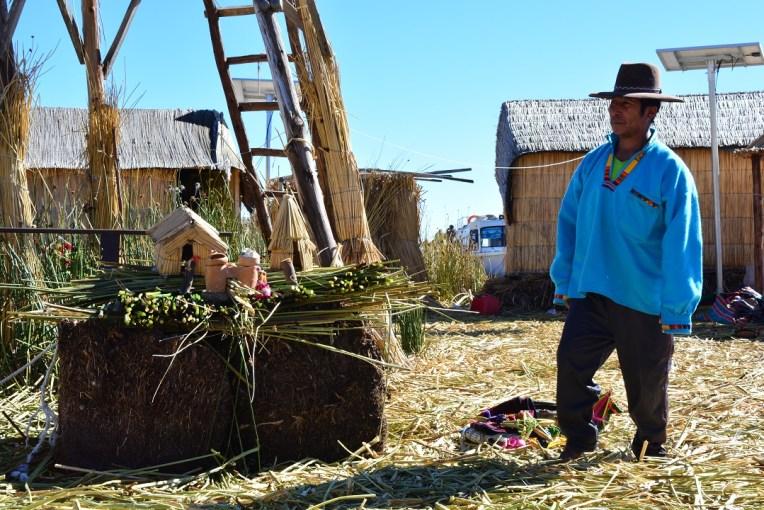 Funcionamento das ilhas de Uros no Titicaca peruano