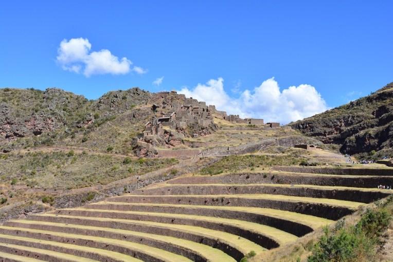 A pequena cidade inca de Pisaq