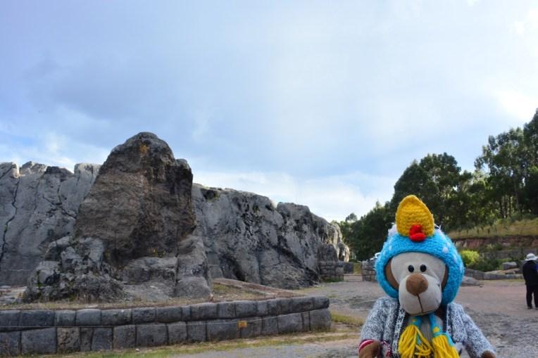 Pedra adorada pelos Incas em Qenqo