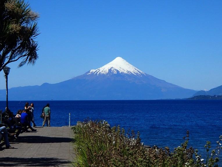 Vulcão Osorno visto desde Puerto Varas