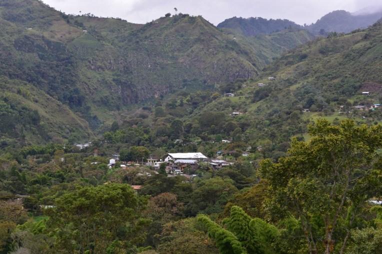 O pequeno povoado de San Andrés visto de longe