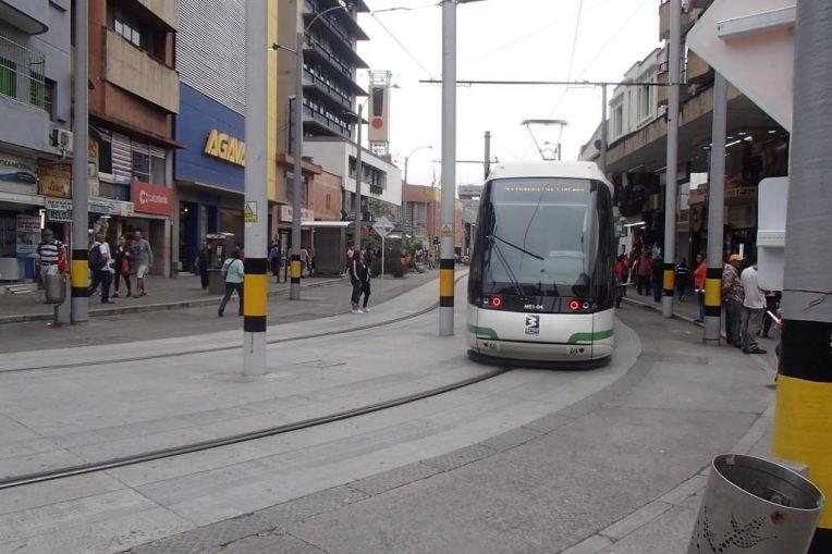 Uma das linhas de metrô de Medellín