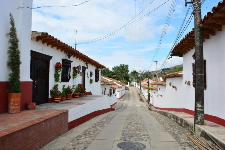 Bela cidade de La Playa de Belén