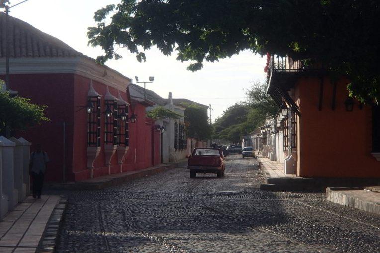 Ruas coloniais de Coro