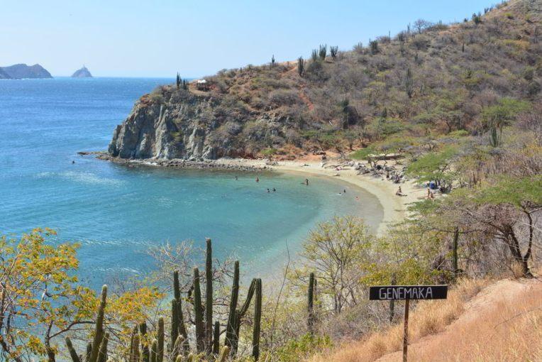 Praia de Genemaka, ao lado de Taganga